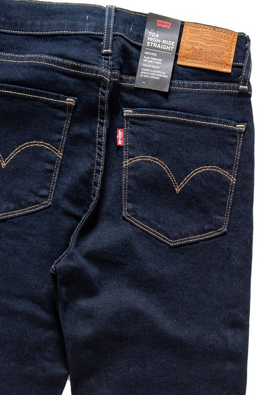 LEVI'S 724 High-Rise Straight 188830016